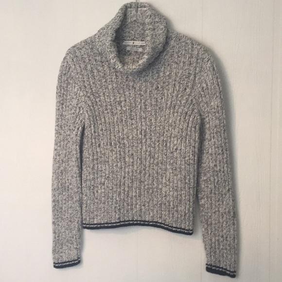 Tommy Hilfiger Sweaters - Tommy Hilfiger 100% cotton turtle neck sweater XL